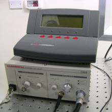 Visible pulsed laser source and visible optical power meter.